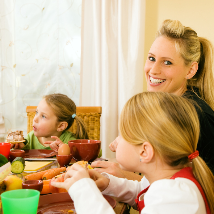 spend time with your family dinner time is important inspireconversation.com
