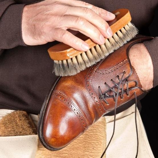 Twitter Shoeshine